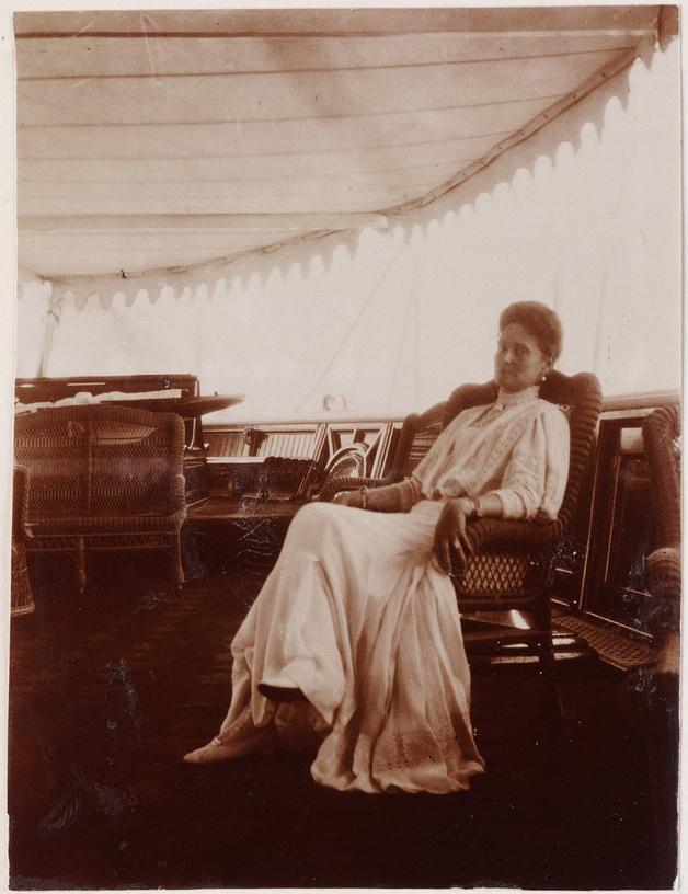 The Romanov Family Albums,1909, Empress Alexandra Feodorovna at the Imperial Yacht Standard.