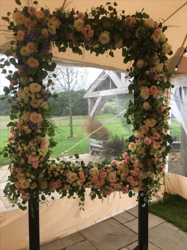 We were asked to create this novel flower photo frame, a twist on the very popular photo booth