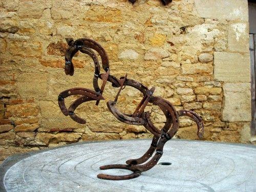 Recyclage original pour vos fers à cheval                                                                                                                                                                                 Plus