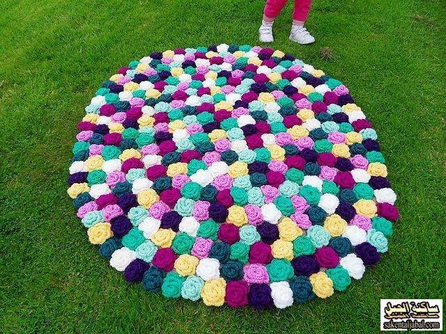 Crochet: Tappeto tondo a uncinetto in fettuccia tutorial. Tappeto ...