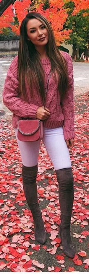 #fall #outfits pink knitted sweater white pants brown boots