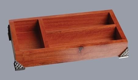 Pewter Hand crafted. Diana Carmichael Design. organiser Rosewood Crystal Clear - Crystal d'Afrique. GoodiesHub.com