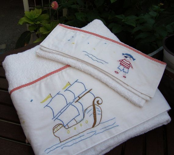 set 2 baby towels Pirates of island bath by babysdreamfairytales