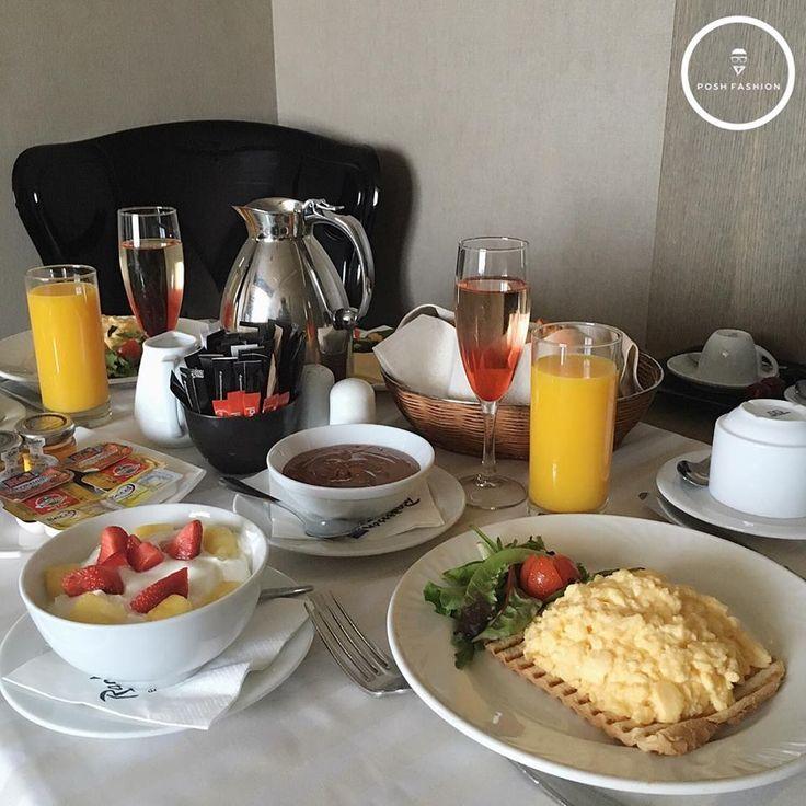 Breakfast in room service