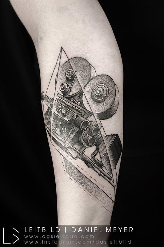 I tatuaggi di Daniel Meyer aka LEITBILD