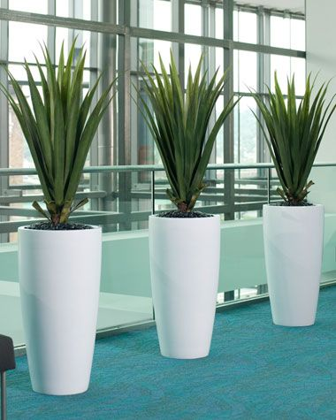 Agave Artificial Plant ... an alternative if you don't have a green thumb. A touch of Mother Nature in January is definitely needed.