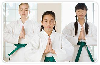 Cómo ayudar a los niños con problemas de comportamiento con clases de artes marciales