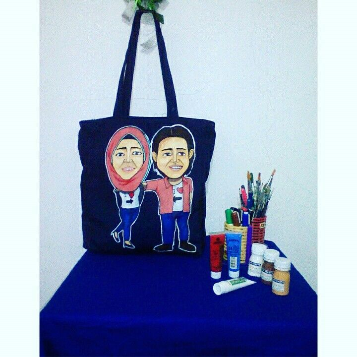 Painting couple caricature totebag. 100% painting, (handmade) #totebag #painting #art