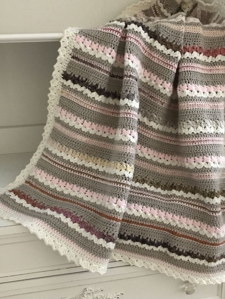 Crochet Patterns - Aspen Baby Blanket Pattern by Deborah O'Leary Patterns #easy #crochet #baby #blanket