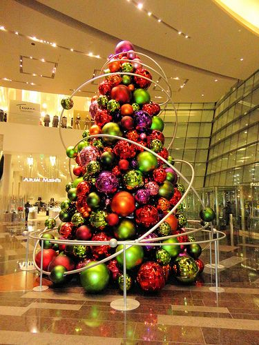 Post image for Aria Resort Christmas Display | Picture Las Vegas