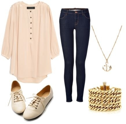 Puffy shirt outfit :)