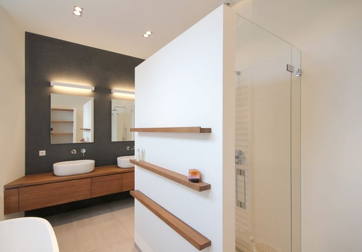 Bathroom Rotterdam. Wood furniture by Houtmerk.nl, lights by Deltalight.