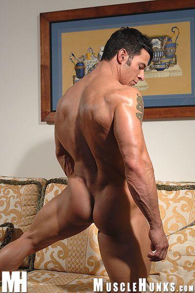 Massive muscle porn-9166