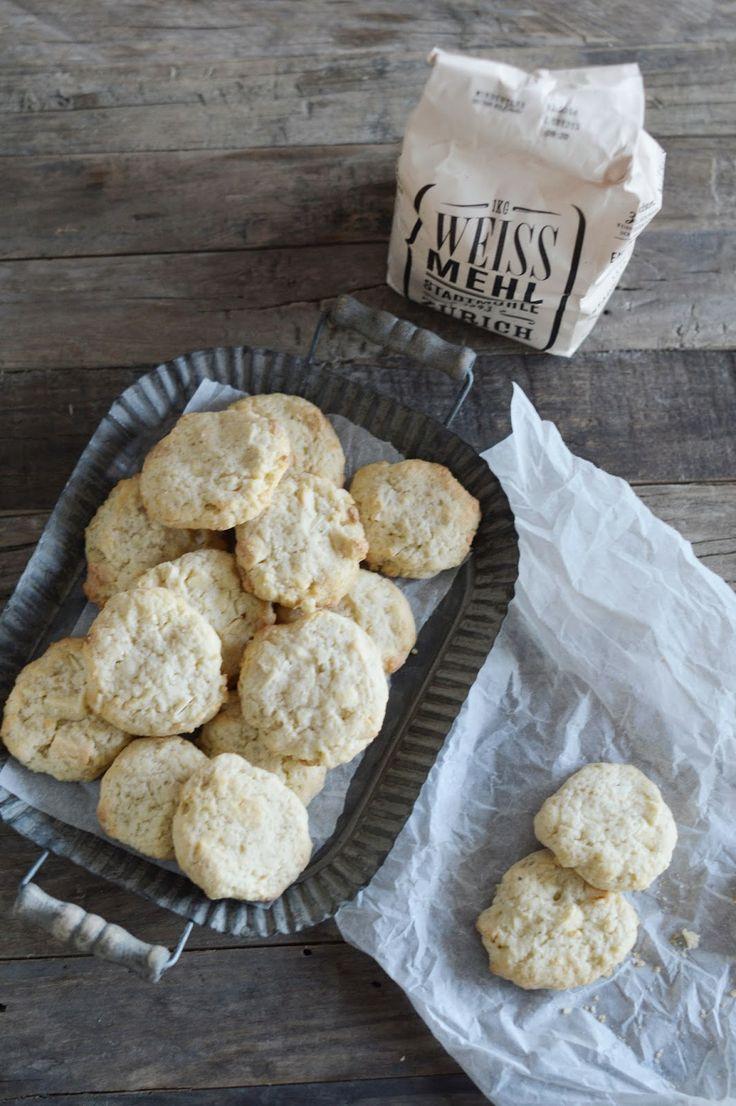 fork and flower: cream cheese, white chocolate & macadamia cookies