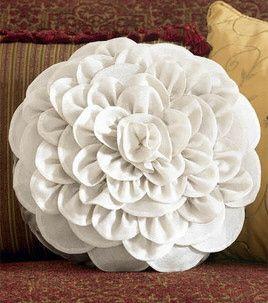 Make a chrysanthemum pillow - (free tutorial to download)