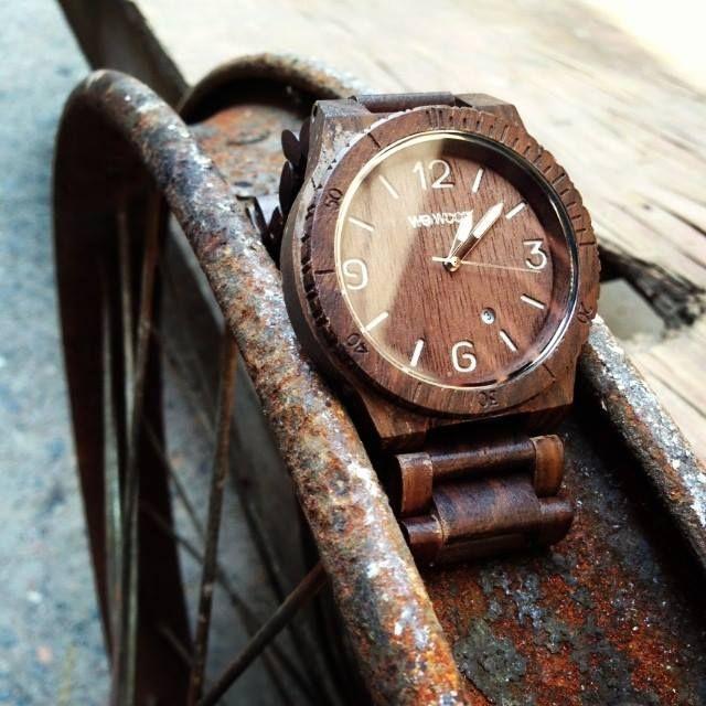 WEWOOD Alpha Chocolate - krása dřeva na vaší ruce! http://www.24time.cz/alpha-chocolate/