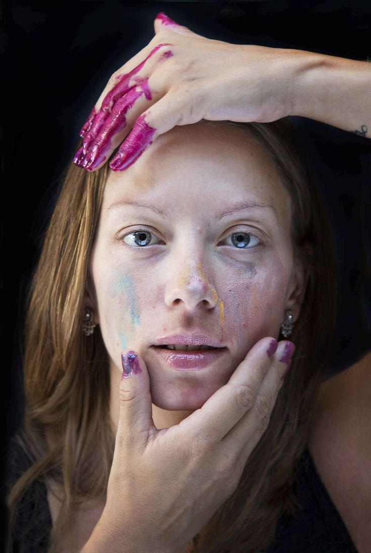heisephoto. portraits of women who had their little girls do their makeup...