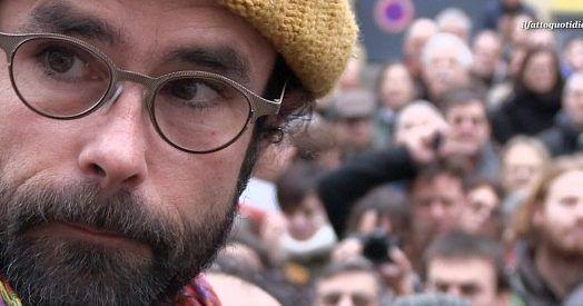 Centinaia di persone si sono ritrovate questa mattina di fronte al Tribunale di Nizza per manifestare solidarietà a Cédric Herrou e agli altri cittadini della Val Roja (Alpi Marittime francesi) che da mesi sostengono i migranti in transito da Ventimiglia verso la Francia e per questo sono sotto processo. Il Procuratore aveva chiesto da 8 …