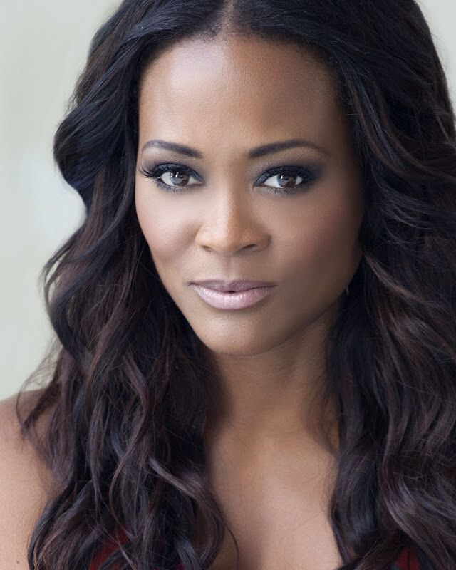 Robin Givens with her perfectly placed cheekbones.