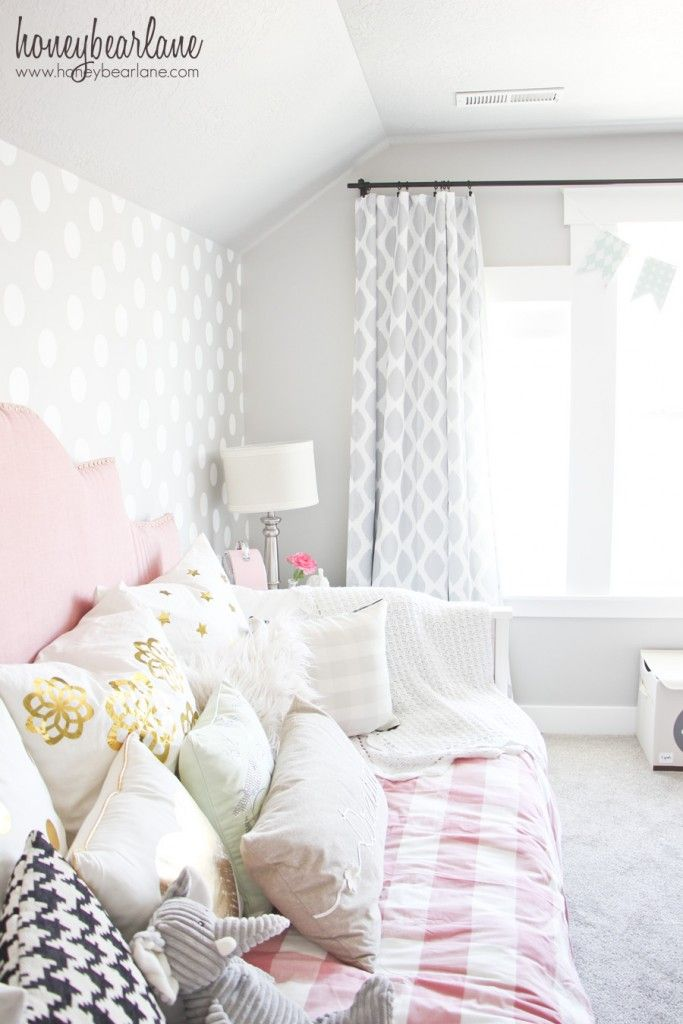 Pink And Gray Girl S Bedroom
