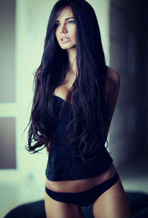 Naked Thin Dark Hair Women