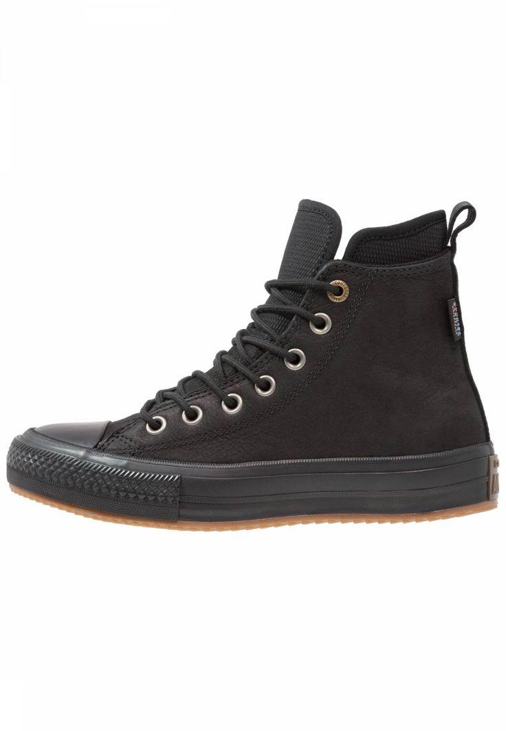 Converse. CHUCK TAYLOR ALL STAR WP BOOT - Sneaker high - black. Sohle:Kunststoff. Decksohle:Textil. Wetter:Regen. Innenmaterial:Textil. Obermaterial:Leder und Textil. Verschluss:Schnürung. Fütterungsdicke:kalt gefüttert. Schuhspitze:rund. Absatzform:flach. Must...