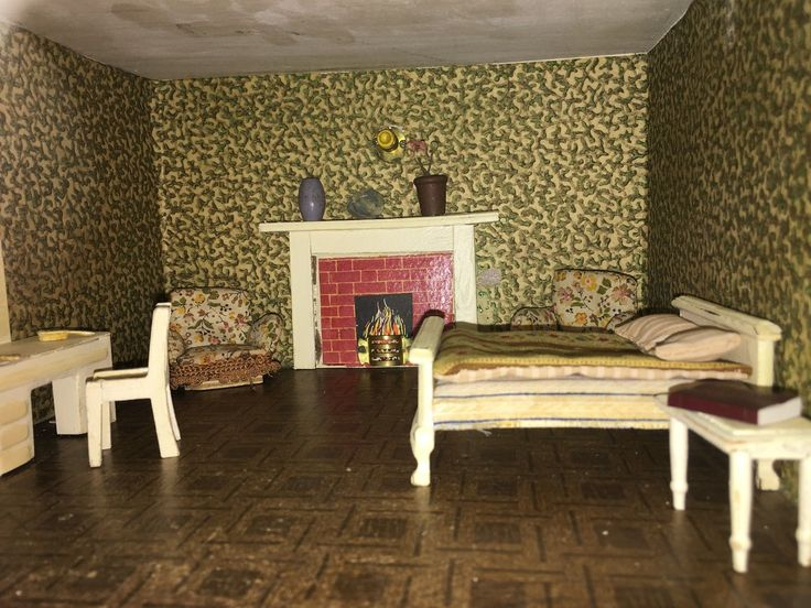 This Dollhouse is part of a collection of Triang Houses brought over from England to Australia.The original stands in the grounds of Windsor Castle. The dollhouse measures 76 cm W x 64 cm H x 43 cm D. | eBay!