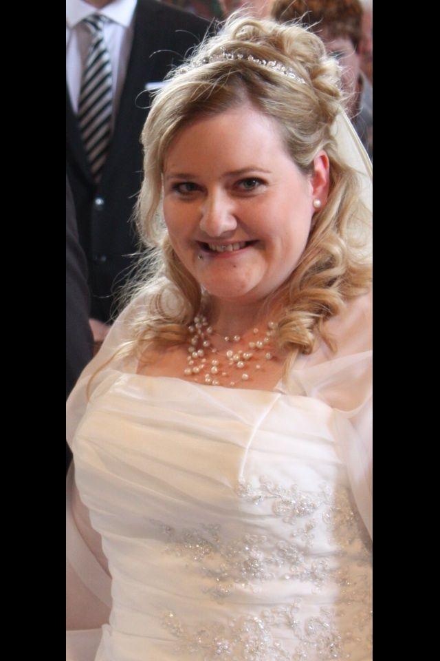 ♥ Wunderschönes Cremefarbenes Brautkleid ♥ Ansehen: http://www.brautboerse.de/brautkleid-verkaufen/wunderschoenes-cremefarbenes-brautkleid/ #Brautkleider #Hochzeit #Wedding