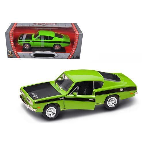 1969 Plymouth Barracuda 440 Green 1/18 Diecast Car by Road Signature