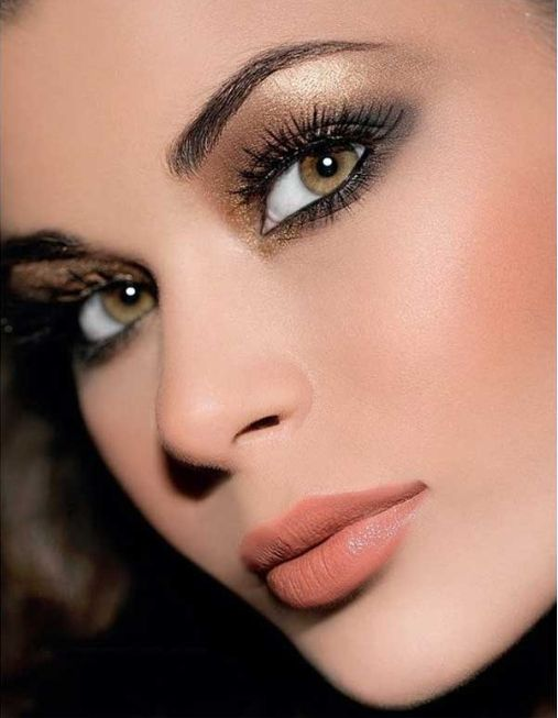 19 Wonderful Party Makeup Ideas