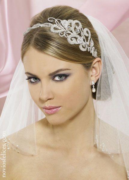 peinado novia recogido con velo - Buscar con Google