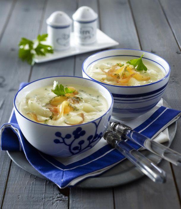 Unser beliebtes Rezept für Schwarzwurzel-Cremesuppe mit Lachs und mehr als 55.000 weitere kostenlose Rezepte auf LECKER.de.