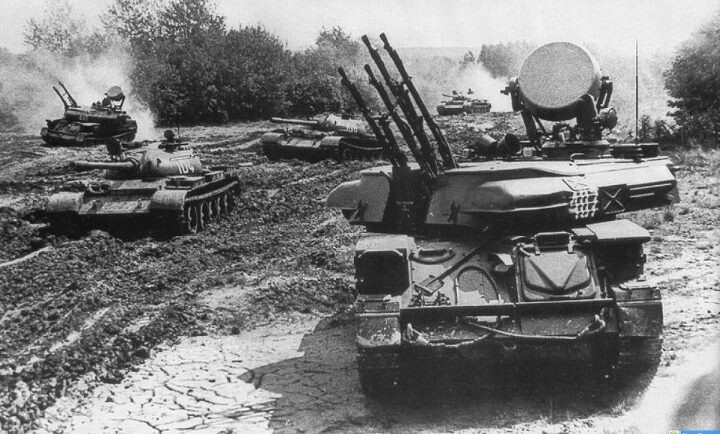T55s and ZSU-23-4 Shilkas