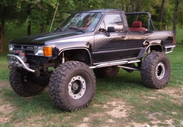 Toyota Mud Trucks >> 1988 4runner mud truck- beautiful | Not just for boys | Pinterest | Offroad and Toyota