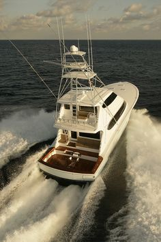76f9fa883ad2f7f4bbd1c565637b6470 fishing yachts fishing boats 1066 best nautical images on pinterest nautical, boating and boats Hatteras Sportfish 45C at virtualis.co