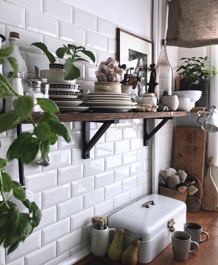 Vintage kitchen,instagram lavien_home_decor