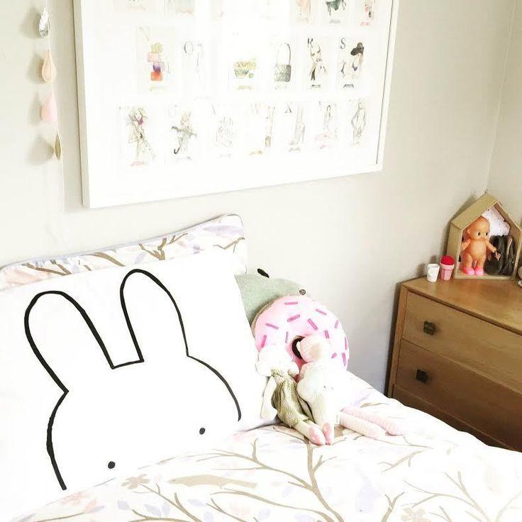 Little pop studio bunny pillow case idées déco enfantdécoration chambre enfantgrandirdeco