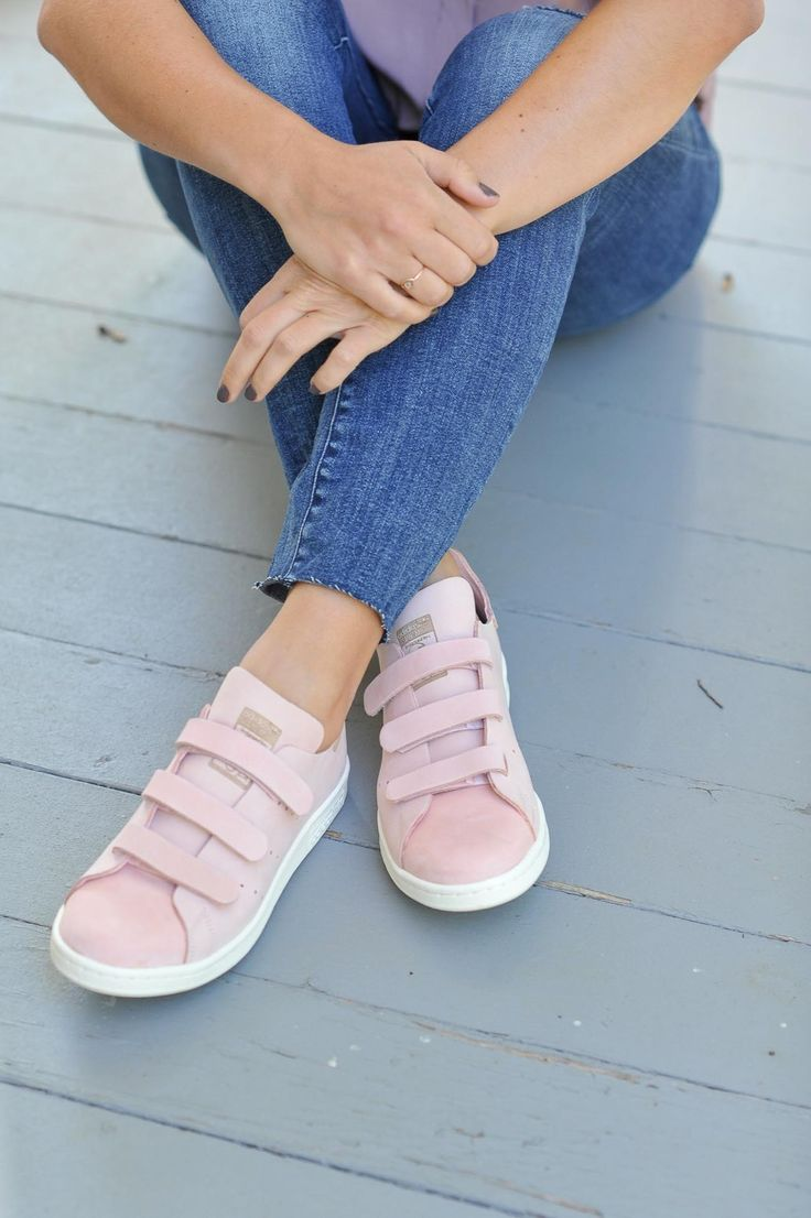 Pink velcro Adidas, how to style Adidas - My Style Vita @mystylevita