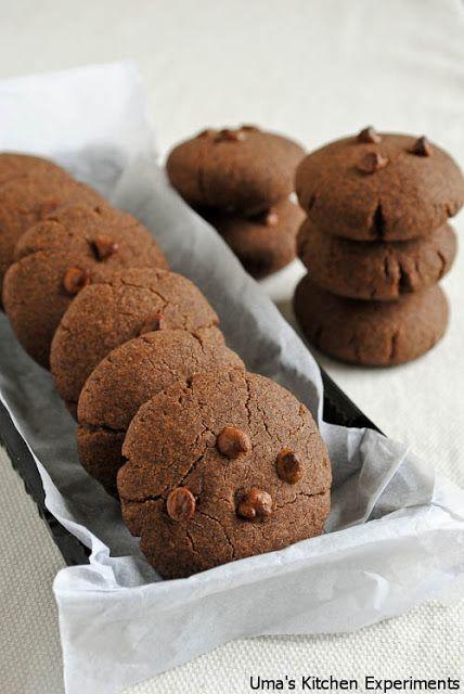 Eggless Ragi Cookies / Eggless Finger Millet Cookies