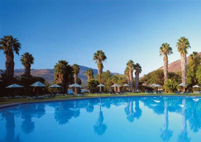 http://www.south-african-hotels.com/hotels/cabanas-hotel-sun-city-resort/