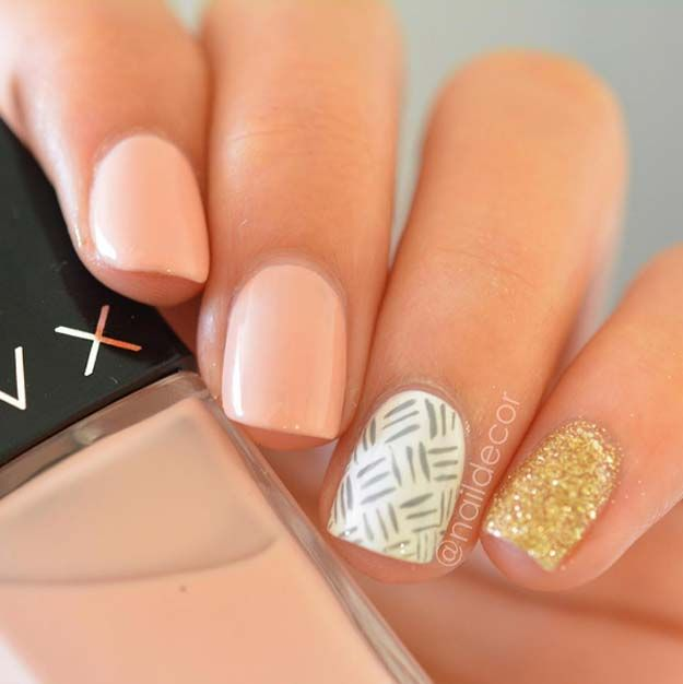 5 Minute Nail Art Ideas - Peach and Glitter - Easy And Classy Gel, Acrylic, And DIY Nail Art Ideas For Summer, For Winter, For Fall, And For Spring. Ideas For Teens, For Brides, For Weddings, For A Night Out With The Ladies, For Light Skin And Dark Skin Hands, And For Beginners And Experts - http://thegoddess.com/nail-art-ideas