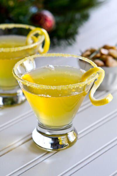 Lemoncello cocktail recipe communal table liqueurs for Cocktail limoncello