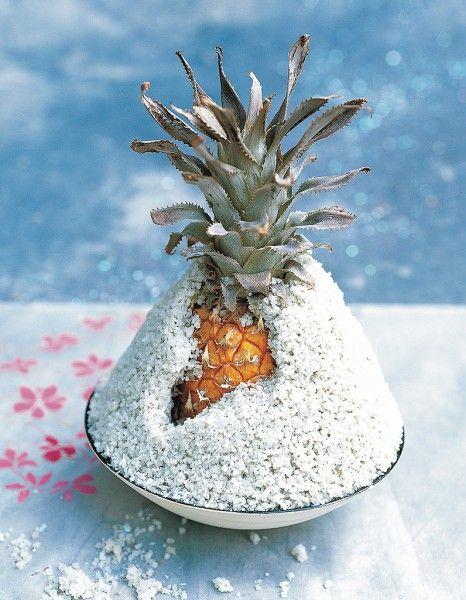 Ananas en croûte de sel pour 1 personnes - Recettes Elle à Table - Elle à Table
