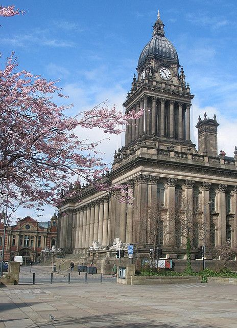 Leeds Town Hall : official name is the Victoria Hall