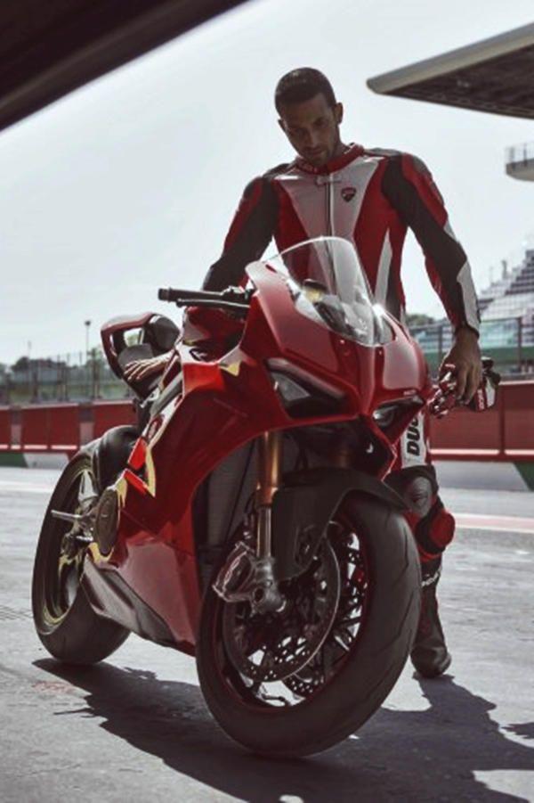 2019 Ducati Panigale V4 226hp Speciale Price Release Specs
