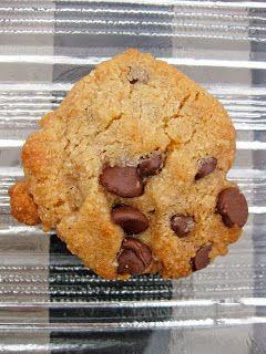 Paleo Chocolate Chip Cookies: Comparing 6 Recipes: paleo recipes, dessert recipes and more