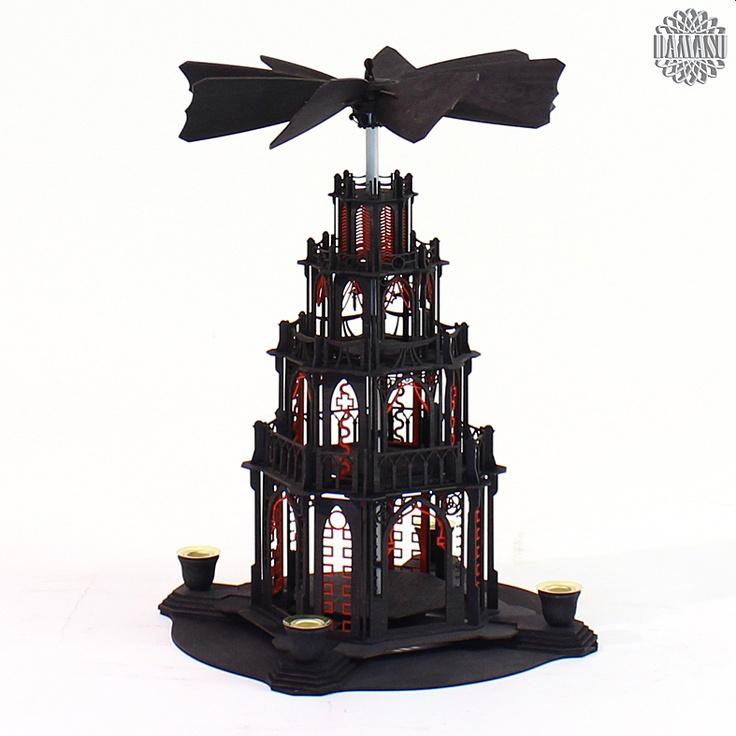 Ein Meisterstück zum selber bauen!  Unsere gotischen Weihnachtspyramiden gibt es jetzt auch als Selbstbausatz. Das gotische Bauwerk mit Figurentellern und dem raffinierten automatischen Flügelrad ist eine echte Herausforderung. Aber an Aufgaben kann man wachsen und wir helfen gern (0173 3666 223).  Alle Holzteile sind schwarz oder r... DAMASU - Holzkunst aus dem Erzgebirge, www.damasu.de, 01733666223 http://www.damasu.de/ART_BS_PYG3SR HOLZBAUSATZ GOTISCHE PYRAMIDE 3STOECKIG SCHWARZ ROT.PHP