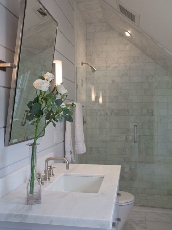 Vicente Burin Architects: Fantastic attic bathroom with shower built into eaves. Tounge and groove wall treatment, ...