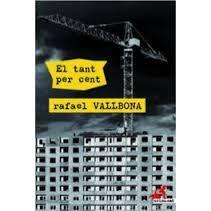 N'hi havia que en referir-se a la Pobla de Dalt l'anomenaven la Pobla del Mal. Tripijocs, tràfic d'influències i terra de corruptes; ve-t'ho aquí. I quan la crisi arriba de sobte, també hi arriben els problemes: paisatges desoladors, urbanitzacions desmanegades, edificis abandonats, i molta gent que es comença a posar nerviosa...