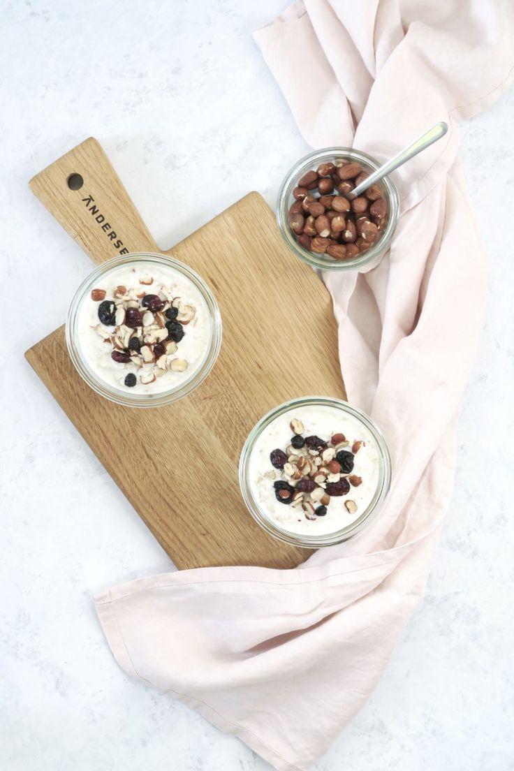 Altid en god start på dagen med en skålfuld bircher mysli (overnight oats med æble)